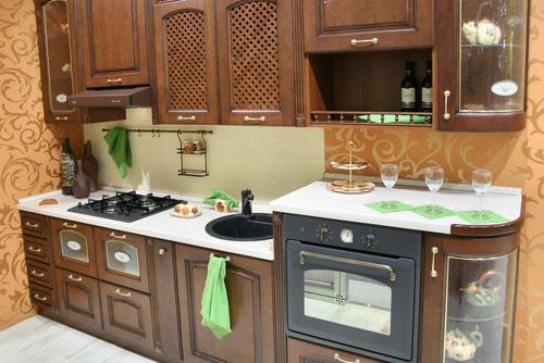 Кухни с кривыми столешницами от Snaidero. интерьер кухни. Подберите. Очень компактная кухня. под вашу планировку на